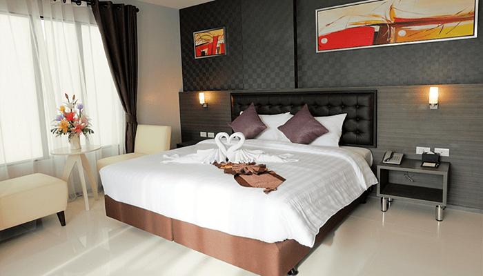 Кровать интерьер заказ