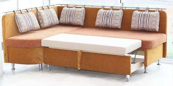 Спальное место кухонного дивана