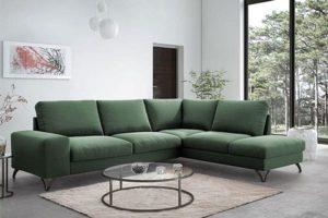 Спальный угловой диван в зал